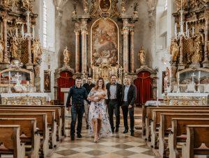 Familienbilder Taufe Bad Tölz Sandra BachmannMünchen Künstlerhaus Hochzeitsshooting Paar standesamtliche Hochzeit freie Trauung Fotograf