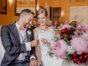Hochzeitsbilder München Künstlerhaus Hochzeitsshooting Paar standesamtliche Hochzeit freie Trauung Fotograf